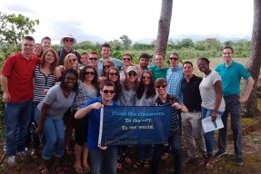 Pitt Business students in Costa Rica